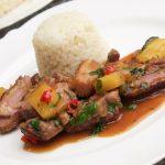 Ente mit Ananas Koriander und Redbull. Aussergewöhnliches Rezept für Ente mit Paprikaschoten und Reis.