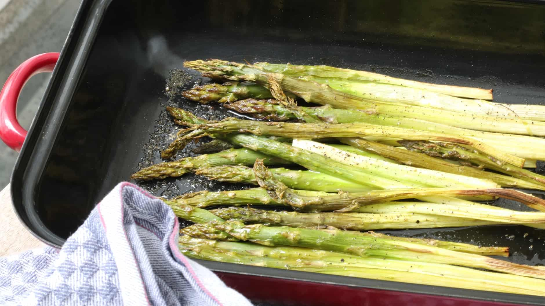grilled asparagus, a wonderful garnish to the fish