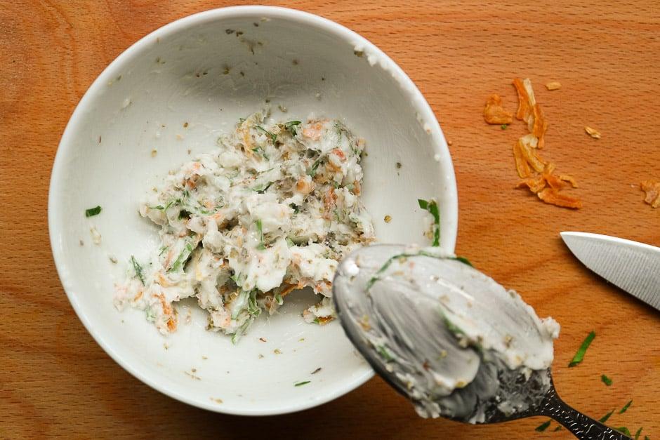 Vegan lard, onion melt, vegetarian lard spread mixed.