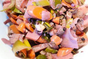 Gemüse aus der Beize vom Rinderbraten.