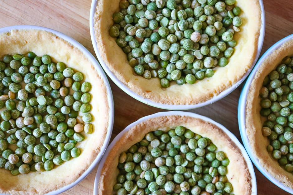 baked tartes with peas