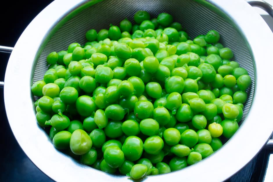blanched, freshly cooked peas