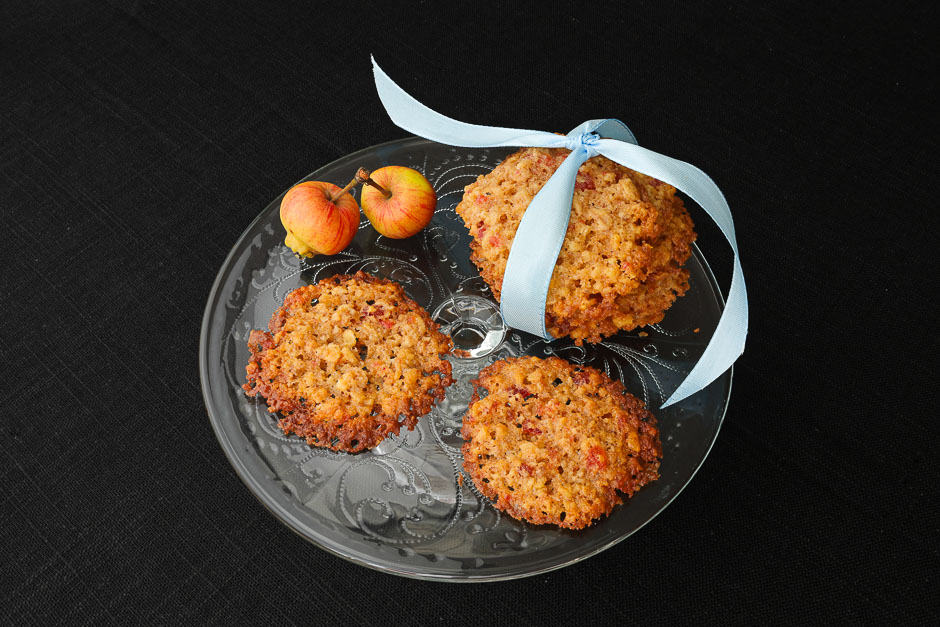 Oat biscuits with walnuts recipe picture
